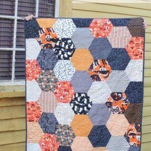 Large Hexagon Quilt Tutorial - Beautiful 2020