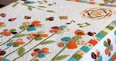 Secret Garden Trapunto Quilt Free Pattern by Joanne 2020